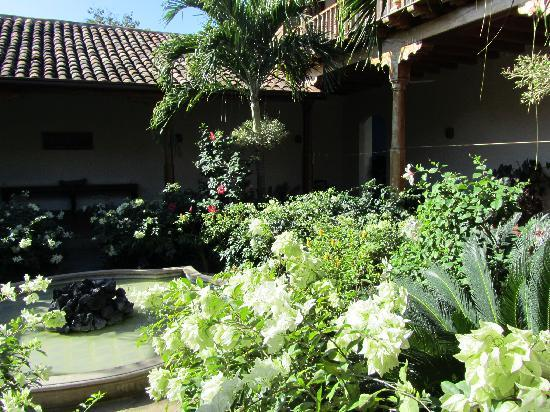 Miss Margrit's Guest House: one of the two courtyards