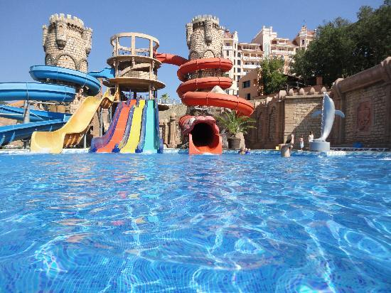 Andalucia Beach Hotel & Residence: Swimming Pool