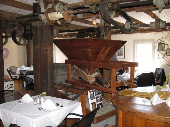 Tuthill House at the Mill : inside upstairs private room