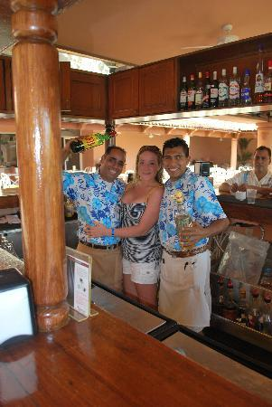 Crown Paradise Golden Resort Puerto Vallarta: Polo and Arturo