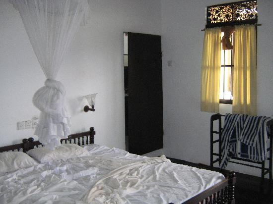 Mrs Khalid's Guest House: Bedroom