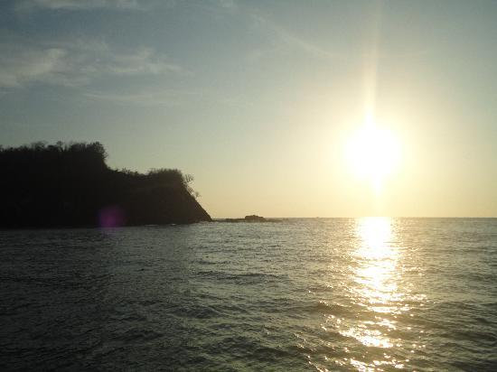 Manta Ray Sailing: sunset from the boat