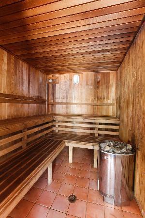 سيرف باراد ريزورت: Surf Parade Resort Sauna