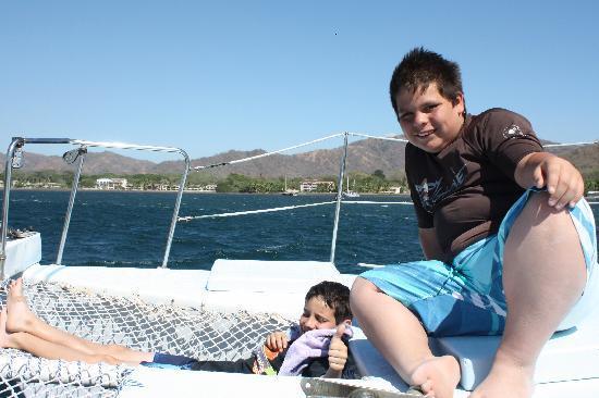 Manta Ray Sailing: The boys loved the sail...