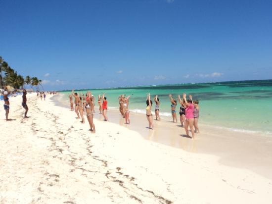Natura Park Beach - EcoResort & Spa: aerobie sur la plage