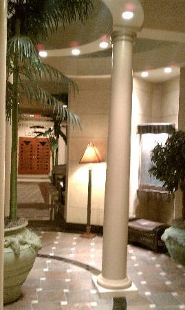 Ramada Toms River : Hotel Lobby