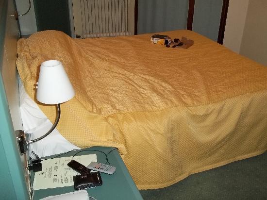 Hotel Europa: Il letto