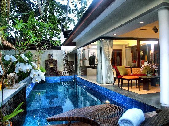 Royal Kamuela: Pool