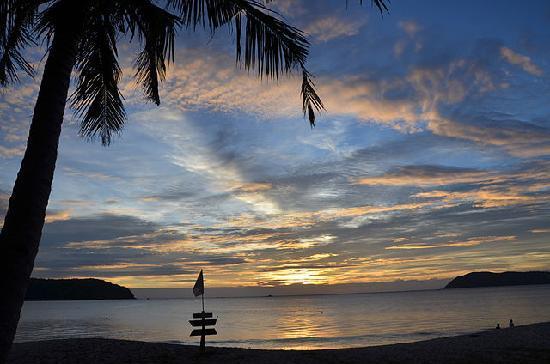 The Frangipani Langkawi Resort & Spa : вид с пляжа отеля