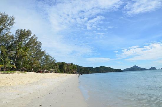 The Frangipani Langkawi Resort & Spa: пляж отеля