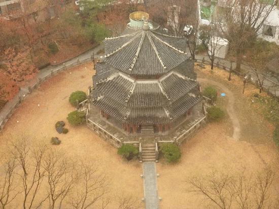 The Westin Chosun Seoul: 圜丘壇(ホァングダン)側の部屋からの眺め