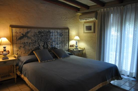 Hotel La Malvasia: The Flamengo Rosa room