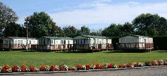 Bonville's Court Holiday Park: Front of Park