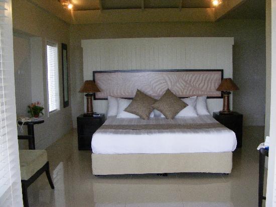 Fiji Hideaway Resort & Spa: Deluxe Beachfront Bure