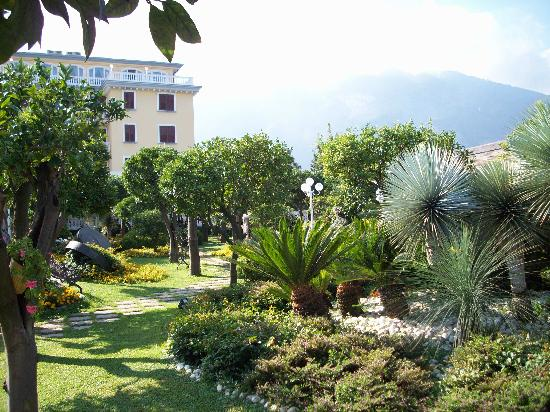 Gardens in front of the Hotel