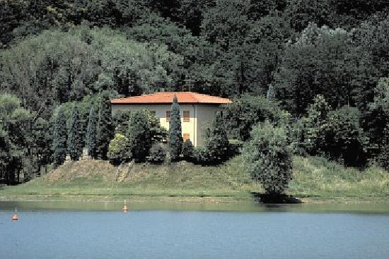 Hotel del Lago: esterno dal lago