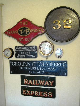Katy House Bed and Breakfast: Outstanding Collection of Railroad Memorabilia