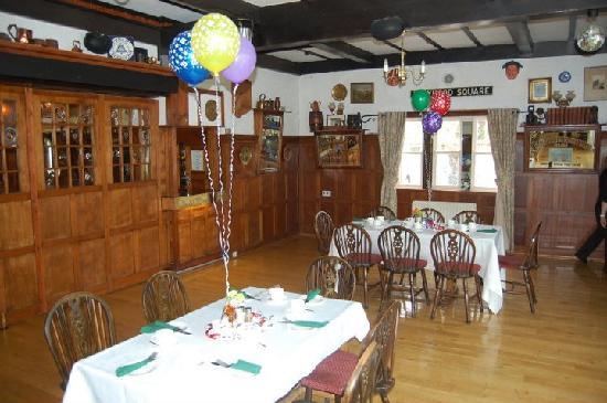 Abbotsford Hotel: Dining Room 2