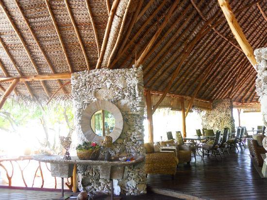 Tikehau Ninamu Resort : Hall d'entrée