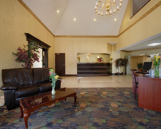 Rodeway Inn: Comfort Inn Lobby