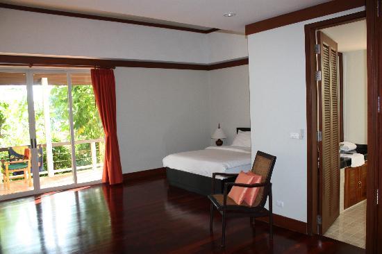 Katamanda - Luxury Phuket Villas: Master bedroom leading on to verandah