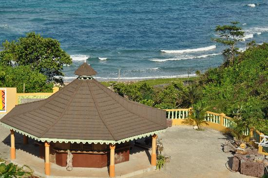 Pimento Lodge Resort: View from the top of the property