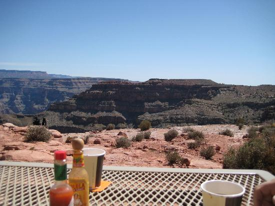 Desert Fox Hummer Tours: Lunch at the Grand Canyon -- what a view!