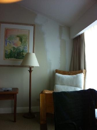 Treasure Isle Hotel: Unfinished painting in room!