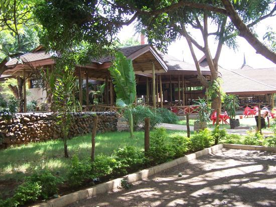 Lutheran Uhuru Hostel: Bamboo Barbecue Restaurant
