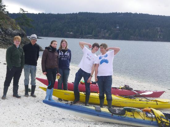 Island Escapades Kayaking - Day Trips: School group