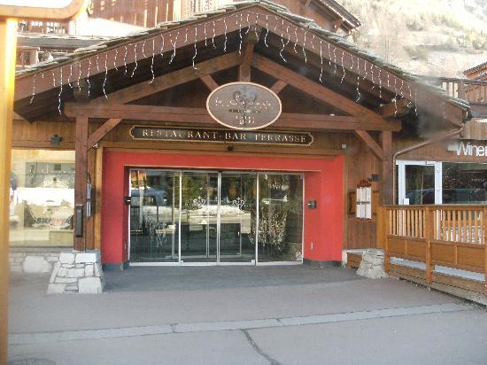 Hotel & Spa Le Savoie : vue hotel