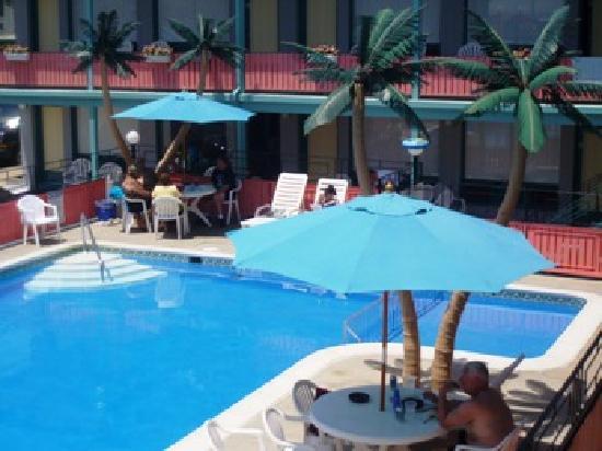 Lu Fran Motel: Pool