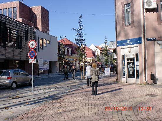 Anett Villa : neu gestaltete Innenstadt