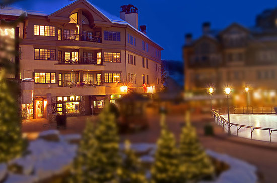 Park Plaza at Beaver Creek: Winter Spirit at Park Plaza Beaver Creek