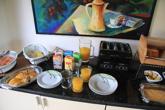 Terrazas de Golf Boutique Hotel: Breakfast buffet for 2!