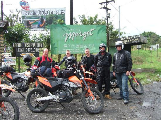 Costa Rica Motorcycle Tours: The Group