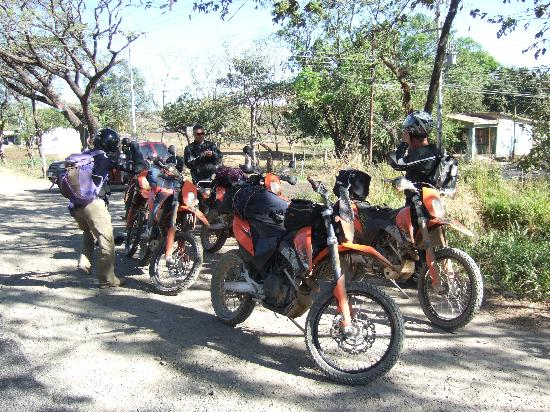 Costa Rica Motorcycle Tours: On the Road...