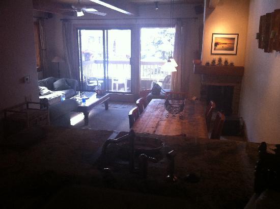 The Gant: The Gant - kitchen & living room