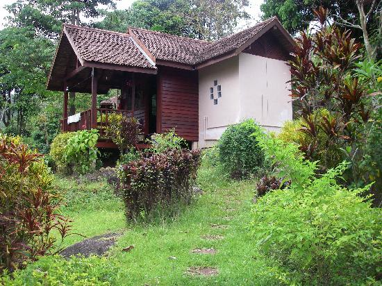 Phanom Bencha Mountain Resort: cottage accomodation