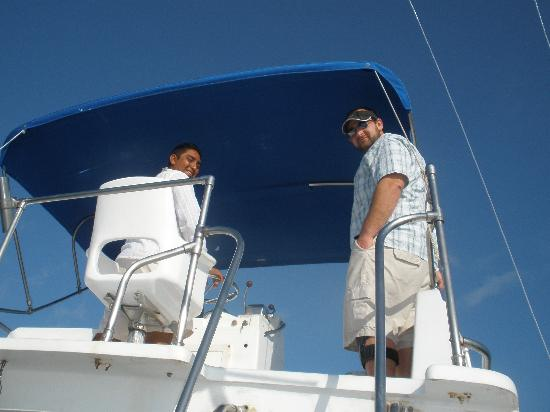Cancun Fishing Tours: me and capt. roberto
