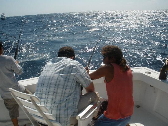 Cancun Fishing Tours: reeling in the trophy sailfish