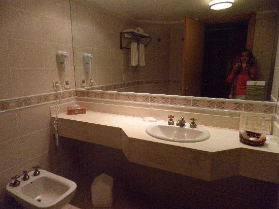 Hotel Del Lago Golf & Art Resort: Baño