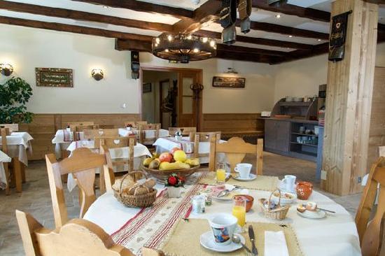 Auberge du Manoir: Breakfast Room