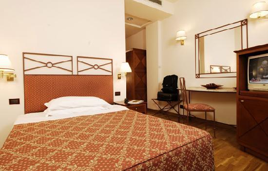 Hotel Semifonte: camera matrimoniale