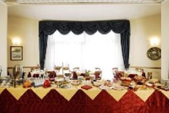 Hotel Semifonte: Buffet prima colazione dolce e salato