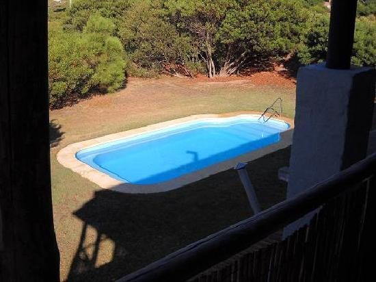 Hotel Naturista El Refugio: Vista de la piscina desde las habitaciones