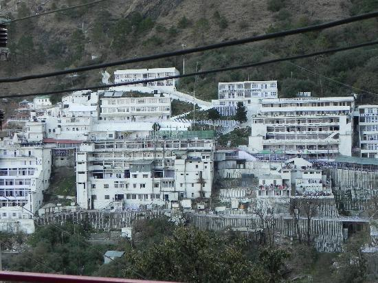 ‪جامو وكشمير, الهند: Vaishno Devi shrine in Katra‬