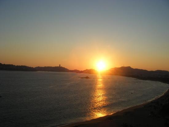 Emporio Acapulco Hotel: Sunset in January