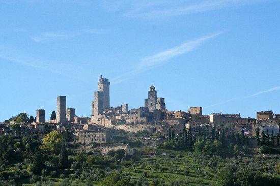 B&B Ponte a Nappo: San Gimignano from Ponte a Nappo