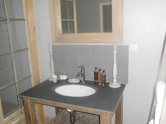 Fee Maison - Chambres d'hotes et Salon de the : La salle d'eau